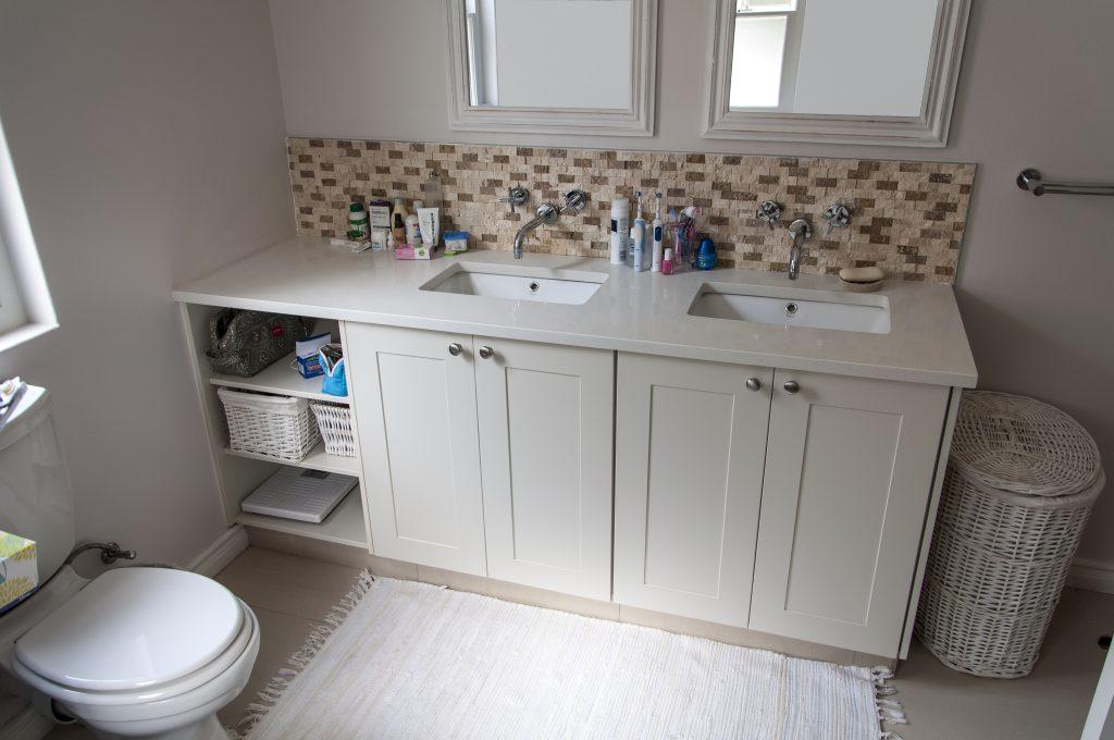 White sprayed shaker doors with Sorbet Quartz top