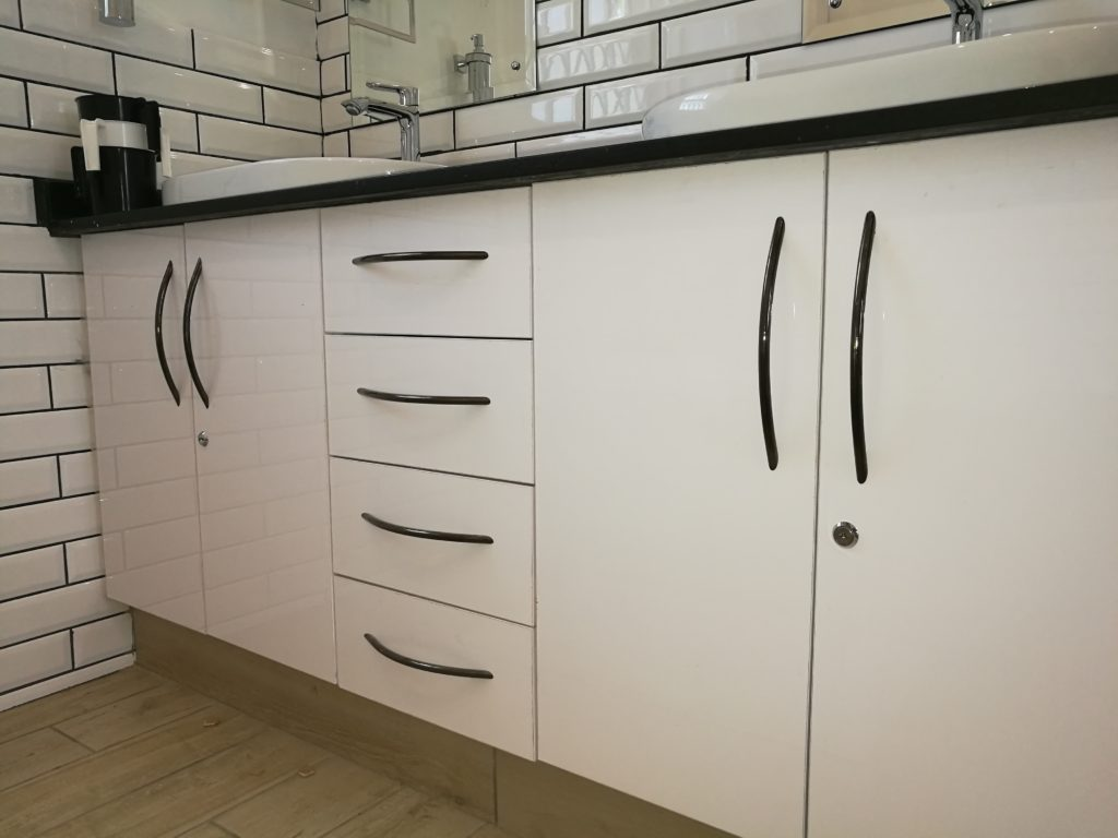 White Supagloss Melamine with Rustenberg granite